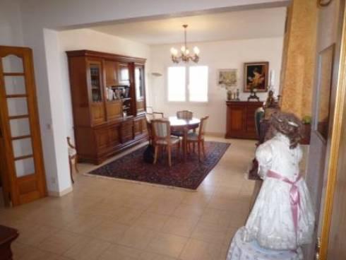 Villa + 2 appts sur 1300m² - Presqu'île de Giens (Hyeres)