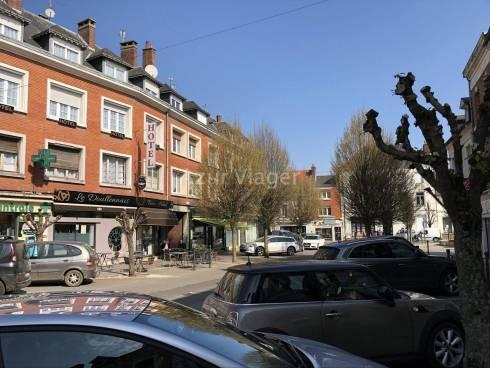 Viager LIBRE - Maison + Murs Commerciaux Revenu Locatif : 600€/mois