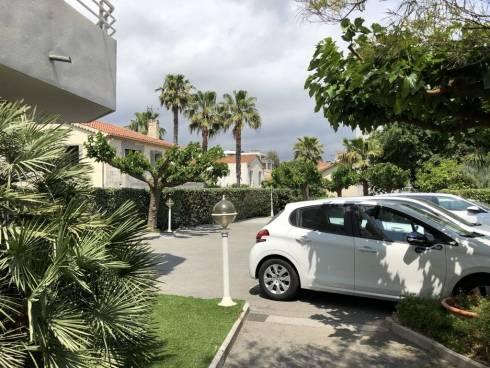 Appt F3 (77m²)+ Terrasse + Garage + Pk - 10/15mn à pied Plage et Gare