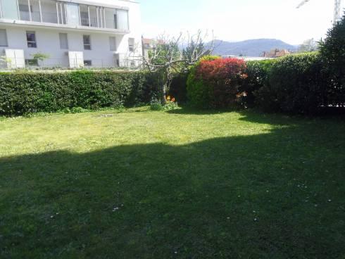 Grenoble Appartement en rez de jardin 380 m²