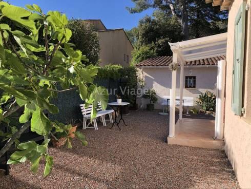 Villa F3 sur 442m² - Sect Rue des Fleurs / Boulouris