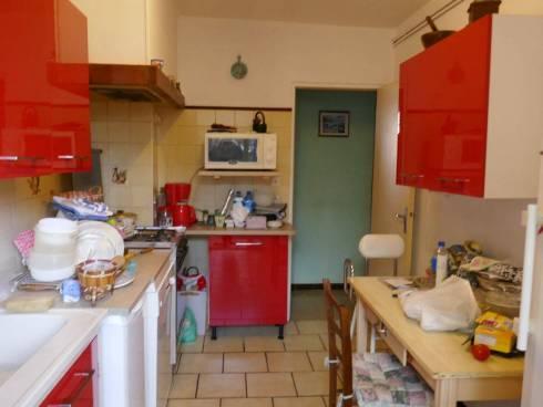 Villa f3 Mitoyenne ,Viager Occupé,St Cyr sur Mer,Dame de 81 ans