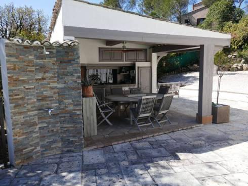 Villa f6 avec Piscine Fréjus Valescure proche Golf Viager Occupé 70 et 68 ans.