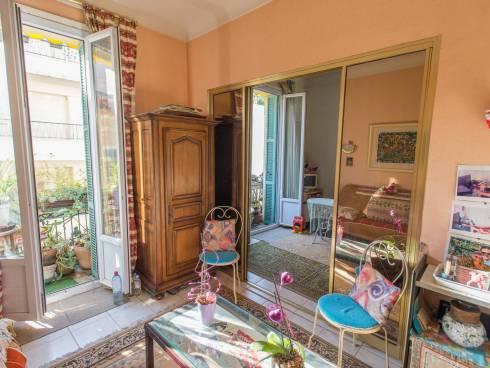 Appt F3 + Balcon - Rue Mossa - 4/5 mn à pied Promenade des Anglais