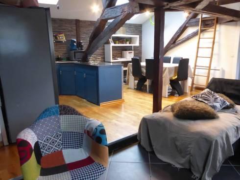 Aix les Bains, bel appartement T3 en dernier étage.