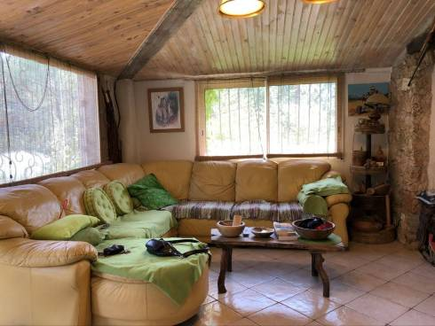 Prox Lac de Carces - Maison en Pierre sur Terrain d'1 hectare