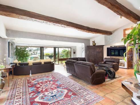 Villa,f8,Studio indépendant,Piscine,Beau Terrain,Vente à Terme Libre Vence