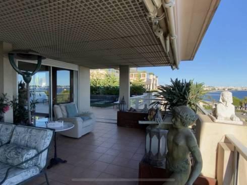 Magnifique Appartement,f6,Vue Cap d'Antibes et Iles de Lérins,Grand Standing