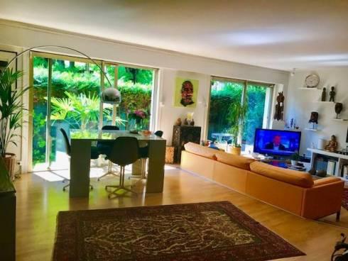appartement courbevoie vendu viager occup courbevoie. Black Bedroom Furniture Sets. Home Design Ideas