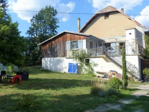 Myans, Maison de village sur 965m2 de terrain