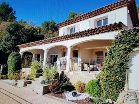 Villa à Callas