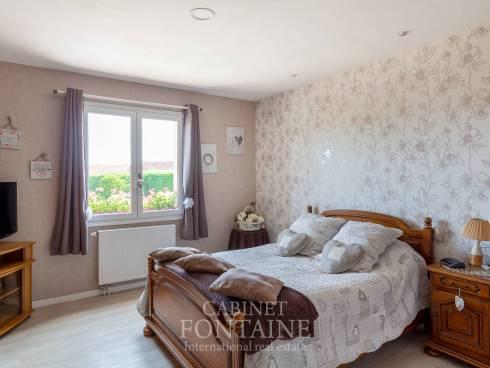 Maison Crevecoeur Le Grand 8 pièce(s) 305 m2 Sous sol total
