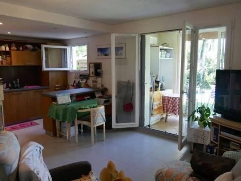 Appartement,rez de jardin,f2,Viager Occupé,Fréjus