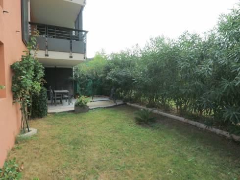 Très beau T3 de plain pied avec terrasse et jardinet