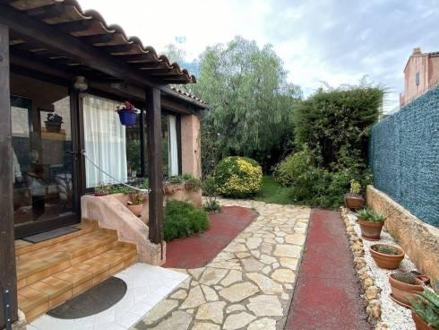 Villa F3 avec Garage et Piscine