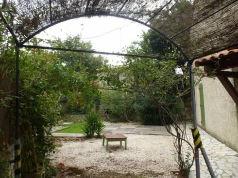 Villa,F5,Six Fours les Plages,Viager Libre,Dame de 74 ans.