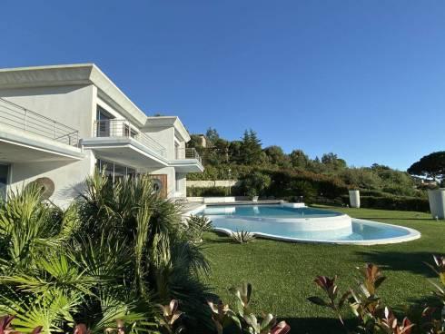 Libre de Suite - Villa Contemporaine avec Vue 180° Golf de St Tropez