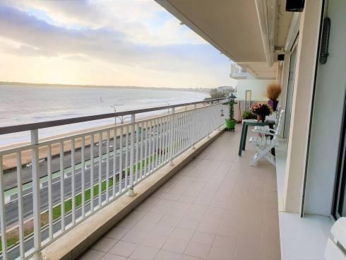 Appartement 107 m² front de mer à LA BAULE