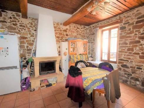 Maison de village à Cabasse (83340)