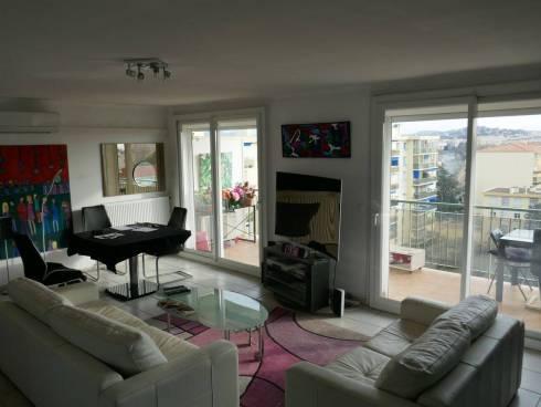 Appartement,f3,Grande Terrasse,Fréjus ,Proche mer,Viager Occupé,Mr de 83 ans.