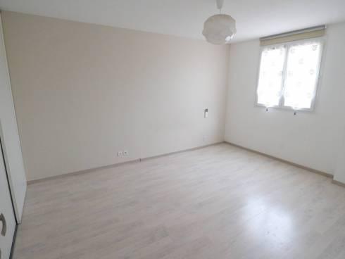 SOUS COMPROMIS - Spacieux appartement T5 avec terrasse et parking