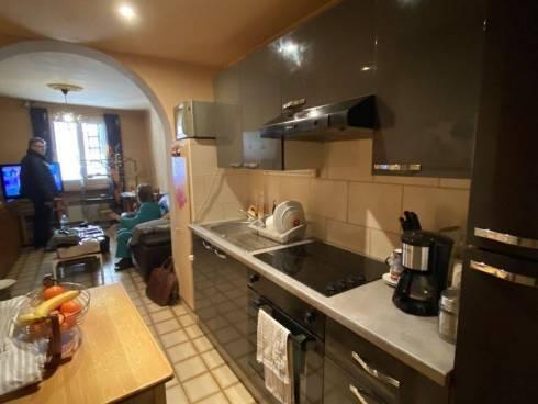 Appartement,f2,Fréjus dans Vieille Ville,Viager Occupé,Dame de 76 ans.