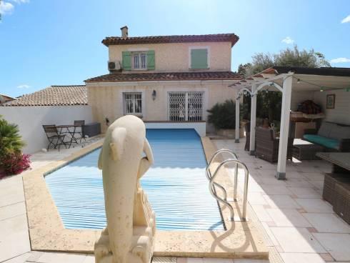 Magnifique maison 4 chambres et piscine.