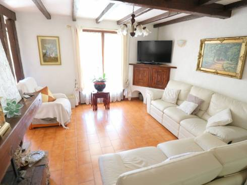 SOUS COMPROMIS - Villa de plain pied à la Bouverie