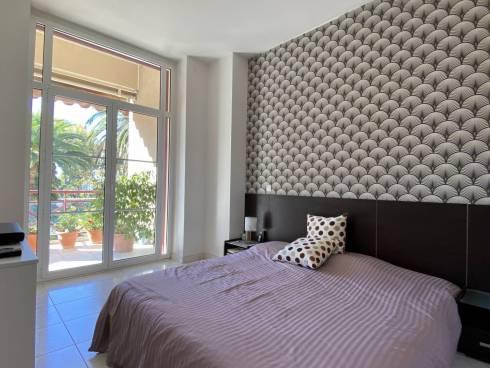 Appt F3 + Terrasse + Jardin + Place de PK à 100m de la plage et du port!