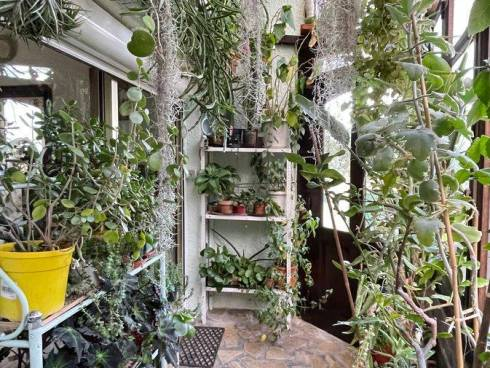 Appartement F3 (RDJ) avec Atelier d'Artiste indépendant et jardin d'environ 400m²