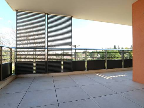 Appartement T3 de 60.25 M² avec terrasse et place de parking