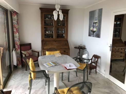 Appartement ,F3,Cannes,Vue mer ,Nue Propriété,79 et 73 ans
