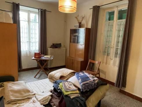 Viager Libre par Perception de Loyer sur Terrain 10000m² + Viager Occupé sur Maison avec 5500m² de Terrain