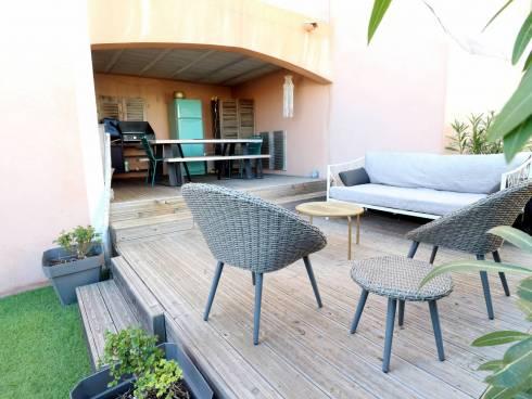 SOUS COMPROMIS - Maison T4 avec bel extérieur et garage. Vue dégagée.