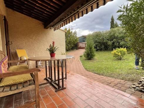 Villa F3 avec Piscine et Garage à proximité tous commerces