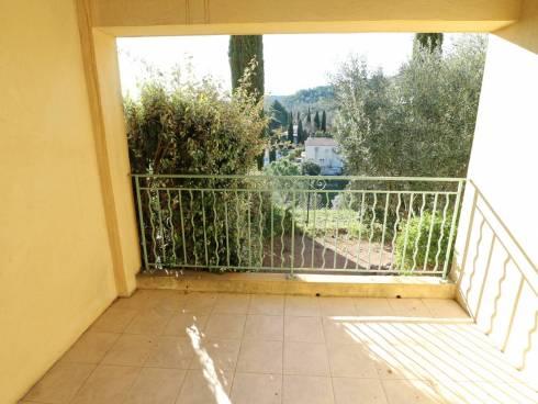 SOUS COMPROMIS - Très belle maison avec terrasses et jardinet