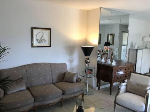 Appartement,f3,Fréjus,Résidence récente ,secteur hôpital ,proche bord de mer ,Viager Occupé, Dame de 73 ans