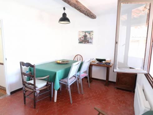 Callas - Maison de village avec terrasse