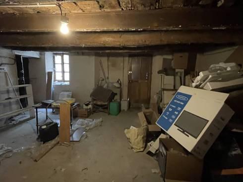 Appt F4 (60m² Carrez) + Atelier 51m² + Grenier 15m² - Coeur de Village