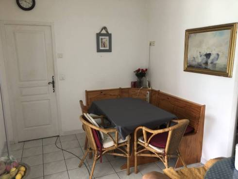 Villa f6, Terrain 1249 M2 Tourette sur fayence Viager Occupé Mr de 84 ans