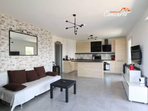 SOUS COMPROMIS - Appartement T3 avec terrasse, garage et parking