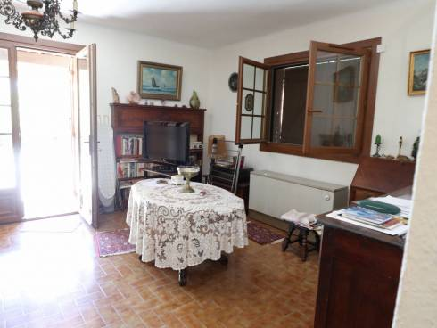 SOUS COMPROMIS - Villa proche village avec vue