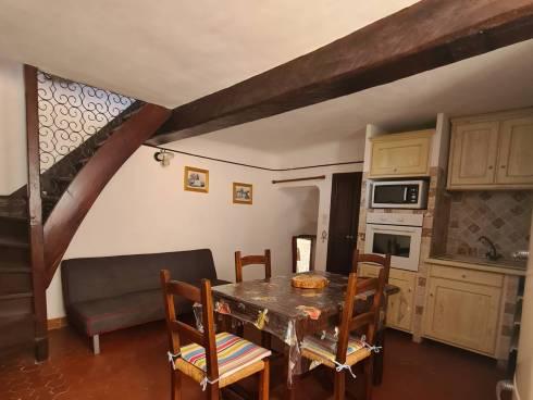 SOUS COMPROMIS - Maison de village