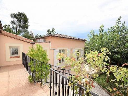 Villa à Garéoult (83136)