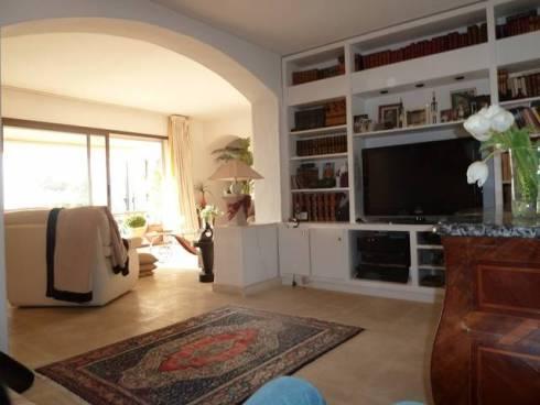Villa à Sanary-sur-Mer (83110)