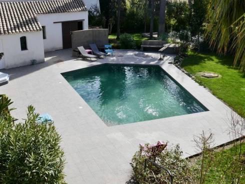 Villa à Hyères (83400)