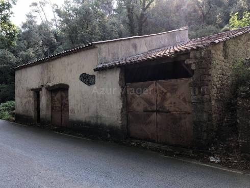 Ancien PRESSOIR - Cave à Vin sur 7100m²