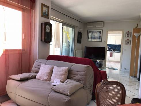 Appartement F3/4(68m2) + Véranda - Terrasse et Garage à Toulon (83000)