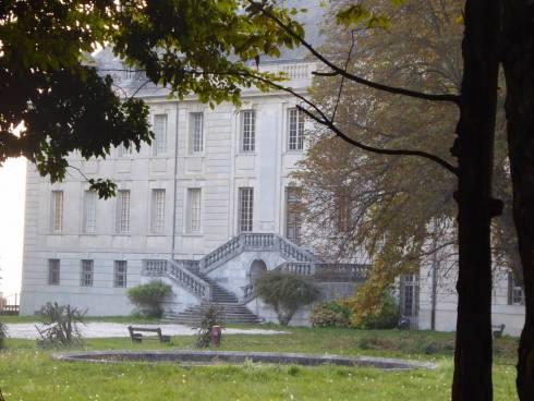 Aux portes de Grenoble, à Herbeys, vivez la vie de Château appartement T2