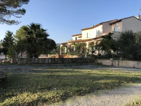 Villa 2 Appts (260m²) sur 5860m²